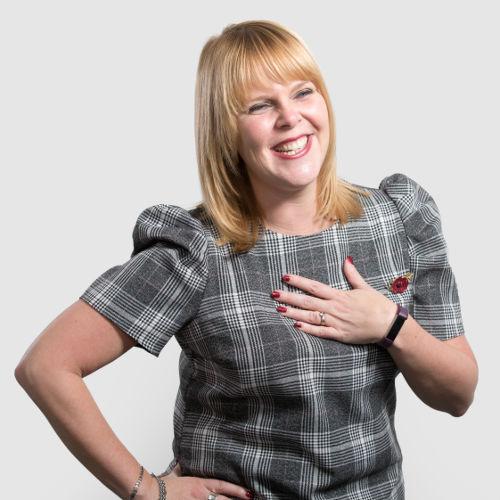 Louise Kennedy - Oculus HR