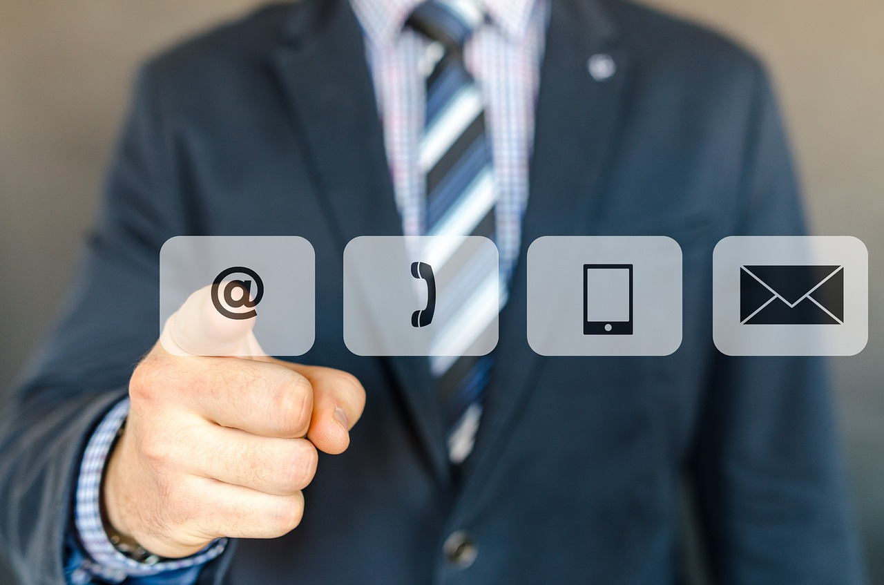 How Leaders Can Improve Their Email Communication Skills